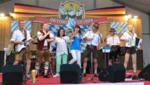 oktoberfest japan oktoberfestband gaudiblosn